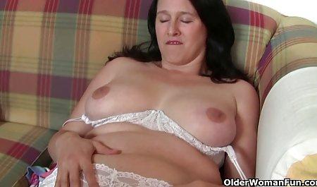 મોટી ગાંડ ગોળમટોળ ચેક રેટ્રો porn ઉગ્ર ઉત્તેજનાનો અતિરેક પર ડિક