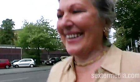 -પાણી - એન્જલ્સ ટોટી સકીંગ એક ચેક રેટ્રો porn ઉગ્ર ઉત્તેજનાનો અતિરેક પછી