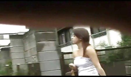 સ્પ્રેડ તેના ચેક વિદ્યાર્થીઓ porn પગ માટે એક ગાંડ
