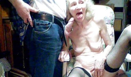 વેશ્યા Sissy આપ્યો તેની પત્ની પર બાઇ-બાઇ-si ચેક પોર્ન શેરી પર અને તેમને જોવા વાહિયાત